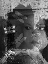 Grafika, kombinace fogografie a obrazu Okno (tempera, papír)